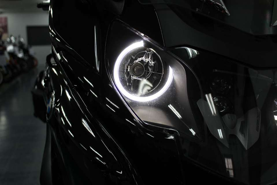 BMW K1600B